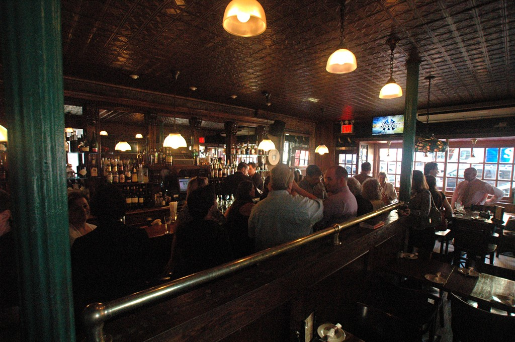 Bars Th Avenue Hell S Kitchen